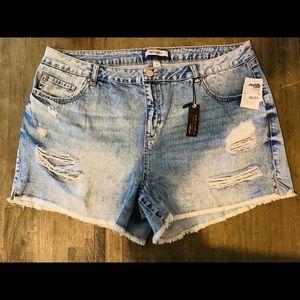 Charlotte Russe acid wash denim shorts NWT size 18